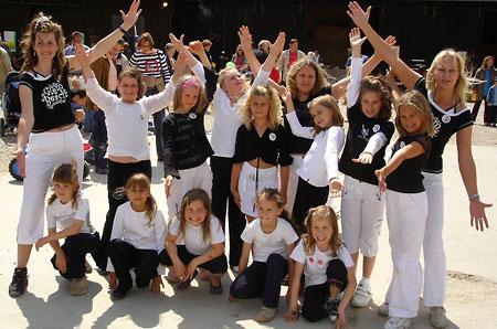 Modern-Dance-Gruppe Leiblfing