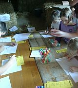 Milchtag - Kinder malen Kühe